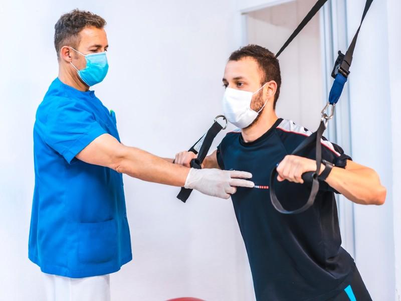 carreras_en_ciencias_de_la_salud_mas_demandadas_fisioterapeuta