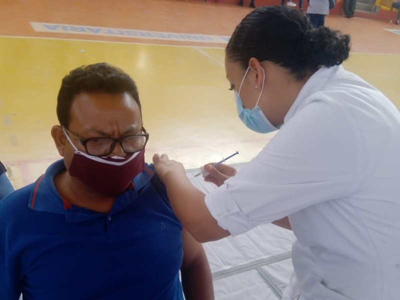 vacunacion_maestros_2_regreso_seguro