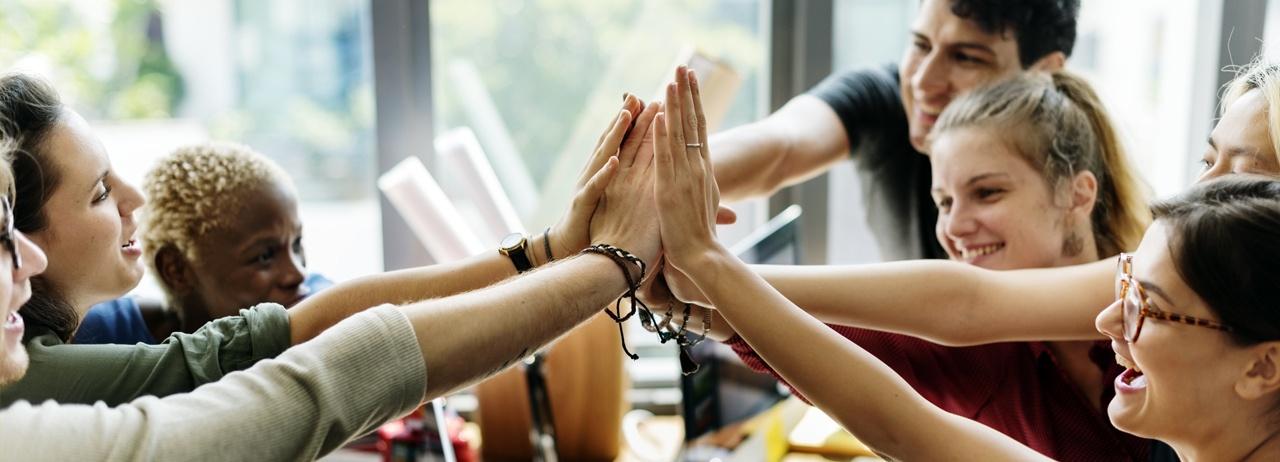 Escucha activa y comunicación efectiva en el trabajo