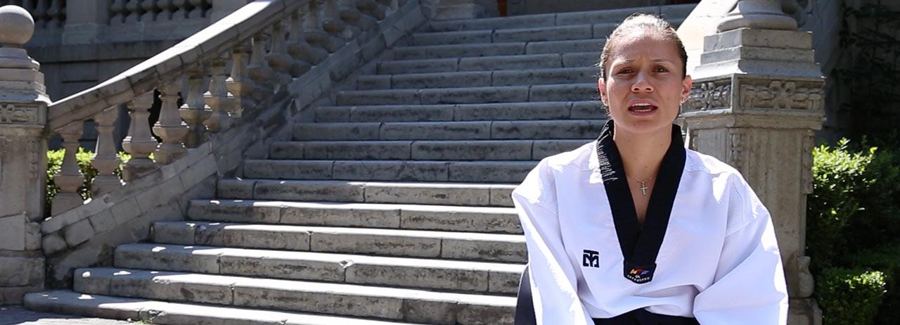 Jannet Alegría, Comunicóloga y Taekwondoín.