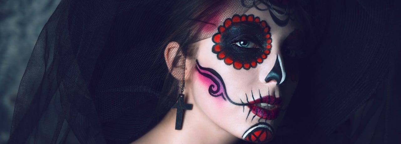 Tutorial para maquillarte de Catrina este Día de Muertos
