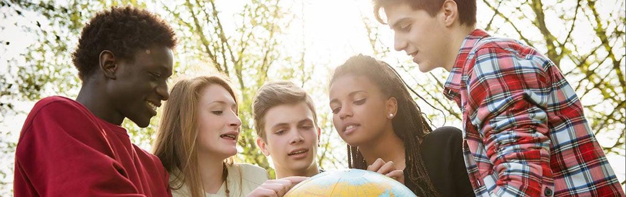 ¿Cómo lograr estudios en el extranjero sin invertir más dinero?